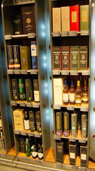 332px-Scottish_whiskies_200804