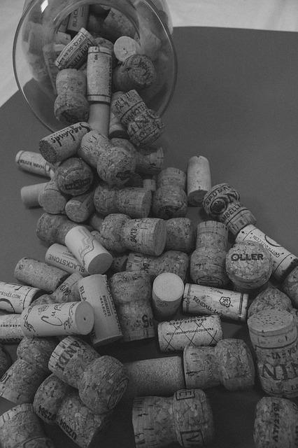 wine-912764_640