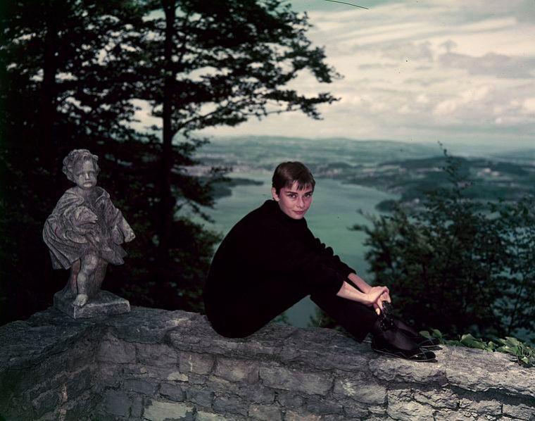Audrey_Hepburn_auf_dem_Bürgenstock_(16)